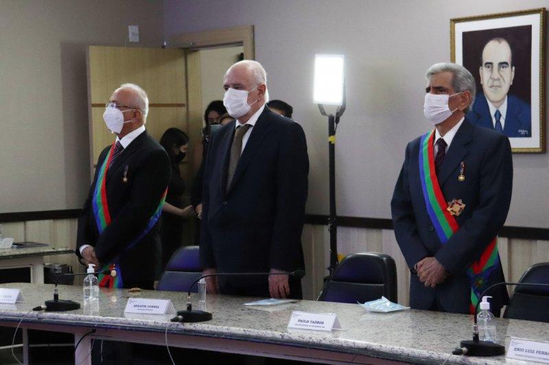 Deputado Serafim Corrêa é homenageado pela Ordem do Mérito Comercial do Amazonas